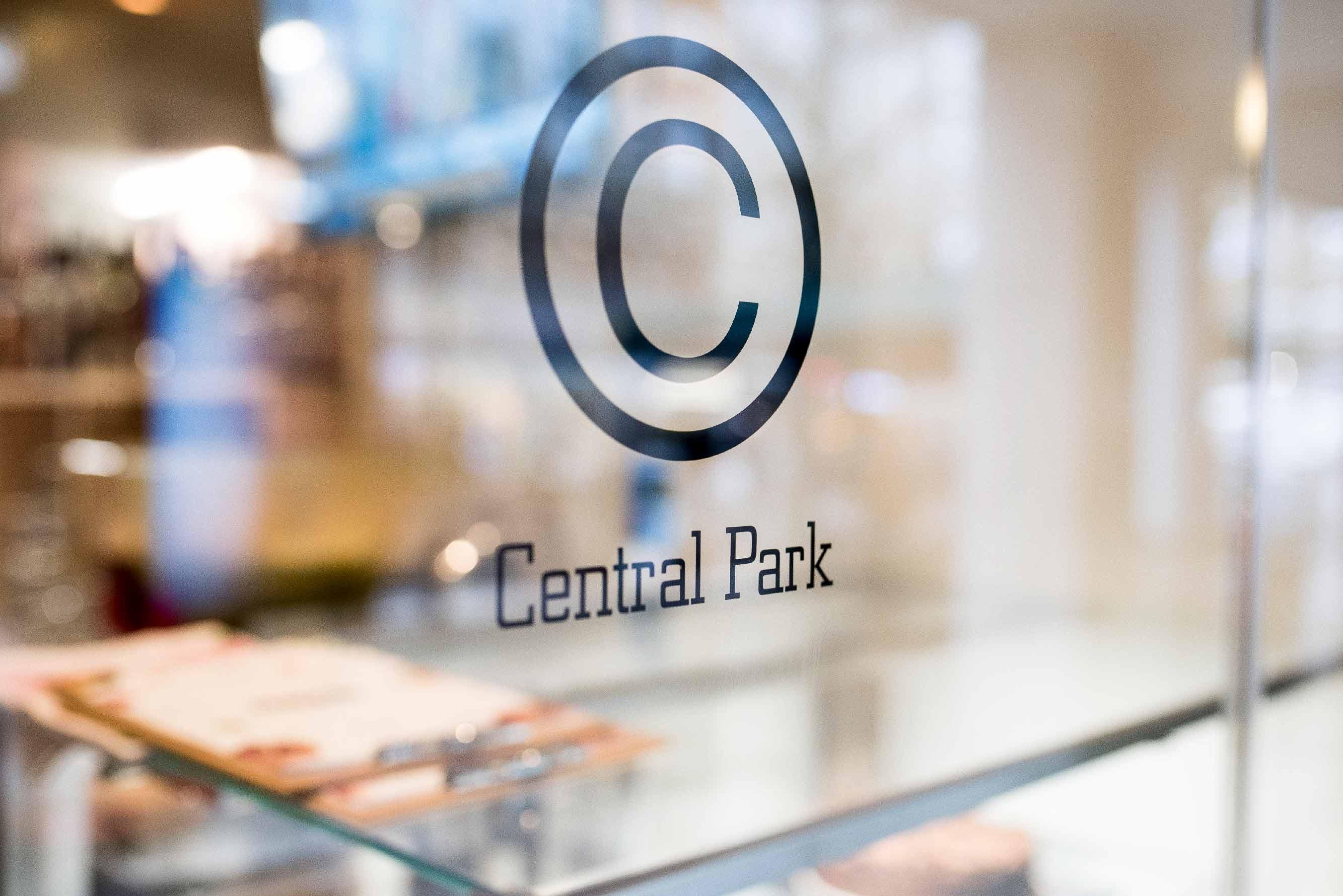 centralparkcorner_restaurant